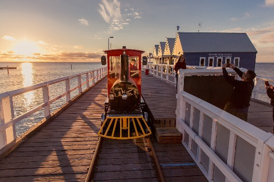 Busselton Jetty and Underwater Observatory Day Tour