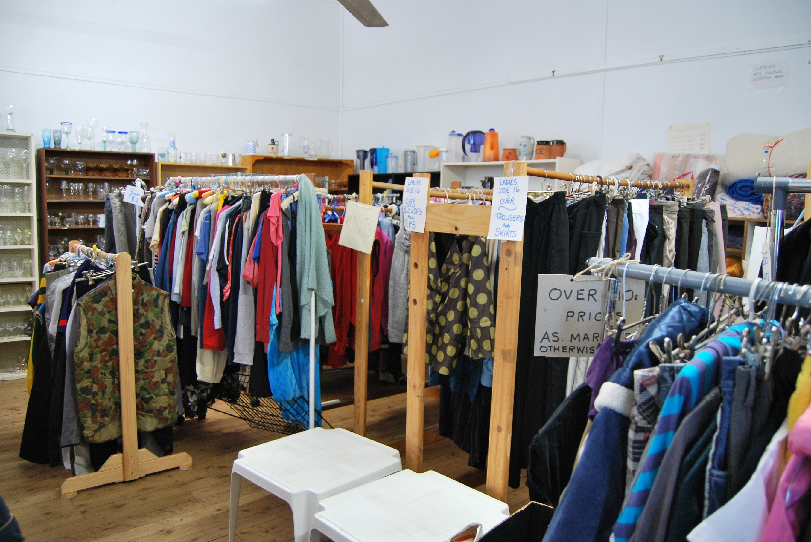 Recycled & Vintage Clothing Shopping Tour